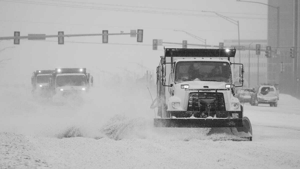 Рекордные морозы и снег оставили без света более 4 млн человек на юге США