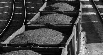 В «Укрэнерго» заявили, что запасы угля на украинских ТЭС на 43% ниже необходимого минимума