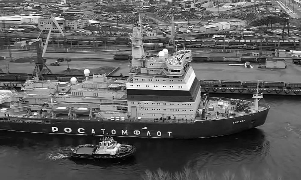 Первый серийный ледокол проекта 22220 планируется сдать к сентябрю 2021 года