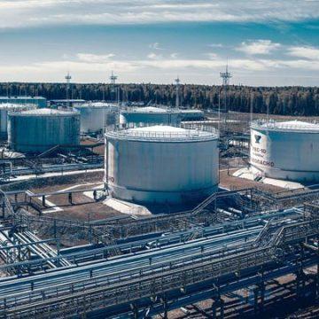 """""""Газпром"""" поставил Shell первую партию """"зеленого"""" СПГ"""