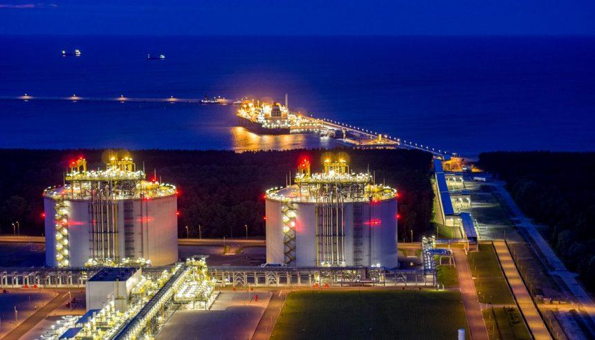 Пик в 2040-м: как Россия будет добиваться, чтобы ей платили за газ
