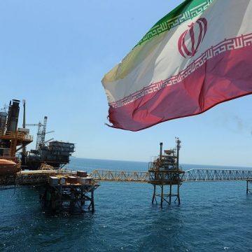 Иран осуществил первую поставку сырья через нефтепровод, минуя Ормузский пролив