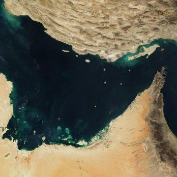 Иран начал экспорт нефти через терминал порта Джаск, минуя Ормузский пролив